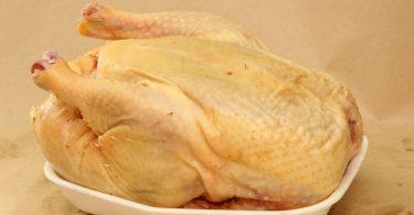 Сколько варить домашнюю курицу для супа?