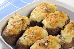 в мундире картофель можно не только варить
