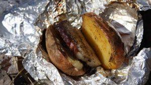 Картофель с салом – вот сытное и вкусное блюдо