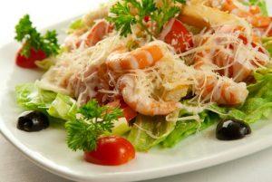 Приготовьте салатик с креветками