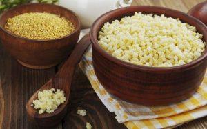 Как и сколько варить пшеничную кашу на воде в кастрюле?