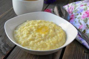 Как приготовить пшеничную кашу на молоке ребенку?