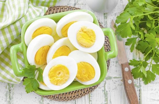 Сколько времени варить яйца вкрутую в мультиварке?