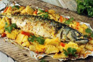 Сколько готовить рыбу в духовке по времени?