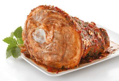 Сколько варить рульку свиную до готовности и перед запеканием?